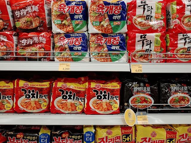 많이 먹으면 노화를 가져온다는 음식 8가지 [이렇게 먹으면 늙는다]라면 햄 과자 국수 탄수화물