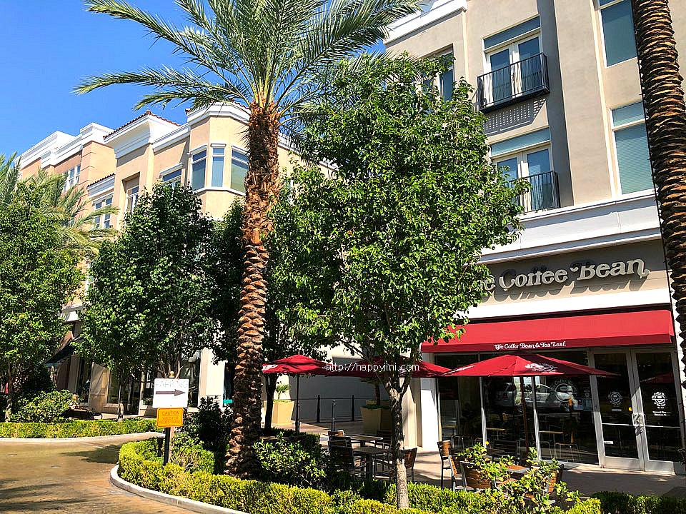 네바다 주의 핸더슨(Henderson)에서 살기 l 미국, 라스베이거스 생활 정보 그린밸리 랜치 더 디스트릭스 콘도 아파트 쇼핑몰