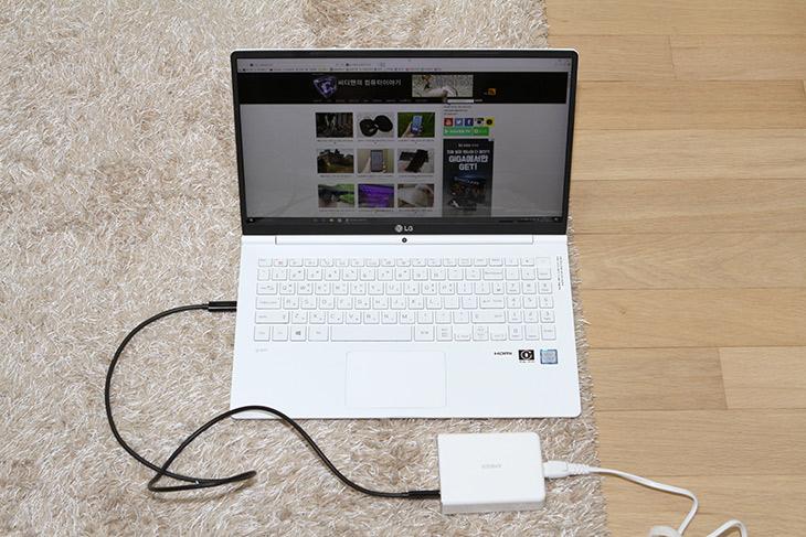ANKER, 5포트 USB-C PD ,USB 충전기, 올웨이즈, 올데이그램, 충전,IT,IT 제품리뷰,요즘 나오는 노트북 충전 때 괜찮은 제품입니다. 스마트폰도 충전하구요. ANKER 5포트 USB-C PD USB 충전기를 이용해서 올웨이즈 올데이그램 충전을 해 봤는데요. 잘 되는군요. ANKER 5포트 USB-C PD USB 충전기 설명상으로는 iPad Pro 는 PD를 지원하긴 한데 15W까지만 충전이 된다고 하네요. 뭐 그래도 굳이 이야기하면 빠르게 충전 되긴 하네요. 맥북 15인치 경우에는 충전이 안된다는 이야기는 있네요. 노트북이 없으니 테스트는 힘들지만 호환성 여부는 확인을 하고 구매하시는게 좋아보이긴 합니다.