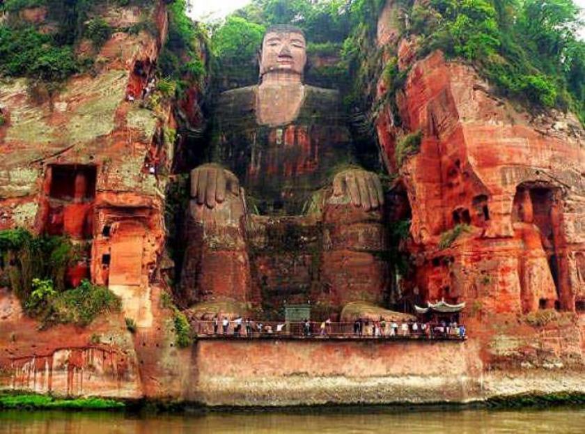 세계 최대 석불 중국 스촨성 뤄산 대불