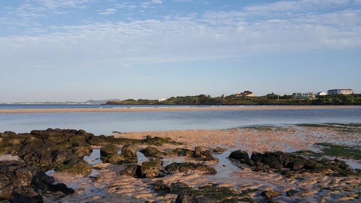 하도해변 파도 물결 무늬 모래사장