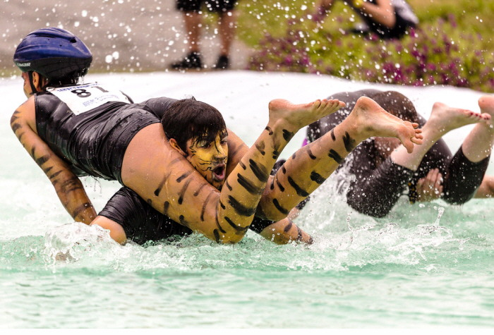 Wife-Carrying World-Championships-Finland