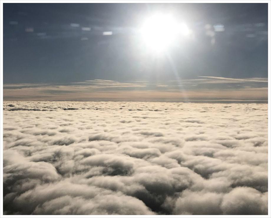 001. 비행기 구름 사진
