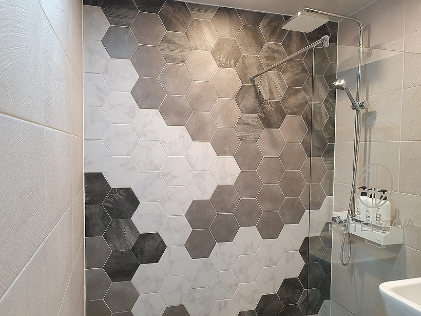 ZAVA - 샤워