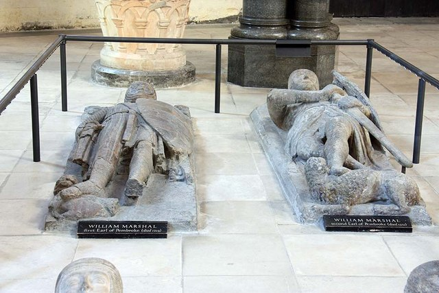 Graves-of-Knights-Templar-Temple-Church