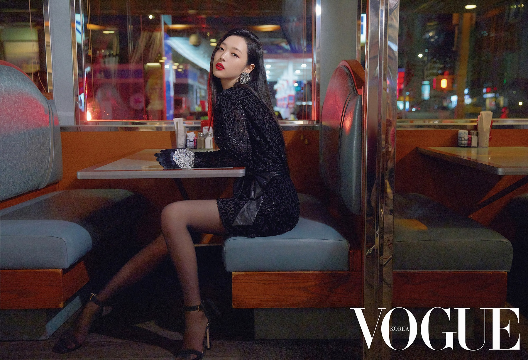 VOGUE-Sulli-1-www.kgirls.net.jpg