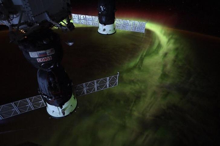 우주비행사들이 공유한 우주에서 바라본 지구