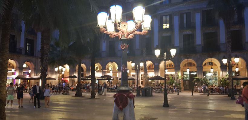 바르셀로나 야경 - 레이알 광장
