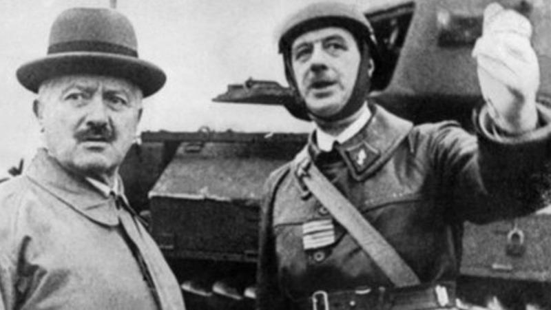사진: 기갑사단 지휘관으로 활약할 때의 샤를 드골 장군. 독일의 전격전 만큼 드 골도 기동전을 주장하였다. [프랑스 장군 샤를 드 골]