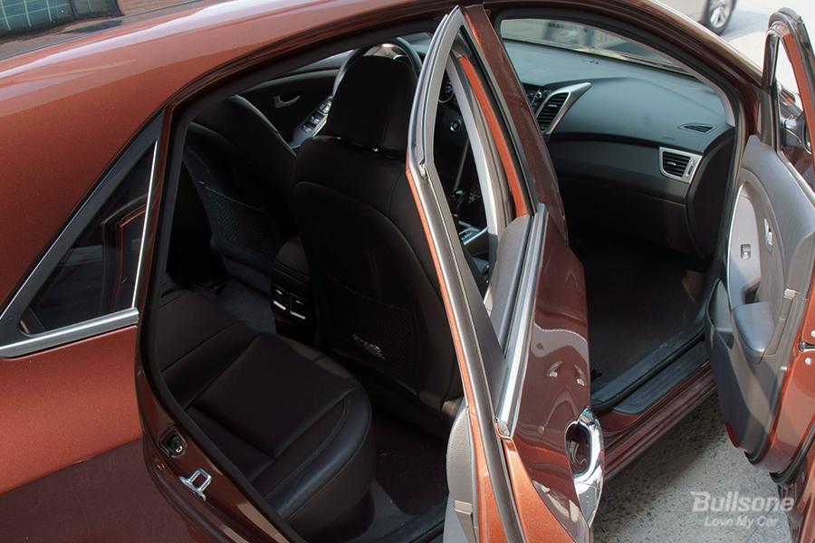 차량관리 차량용품 에어컨필터 필터교체 차량용탈취제 훈증캔