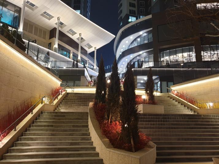 레이크꼬모 계단