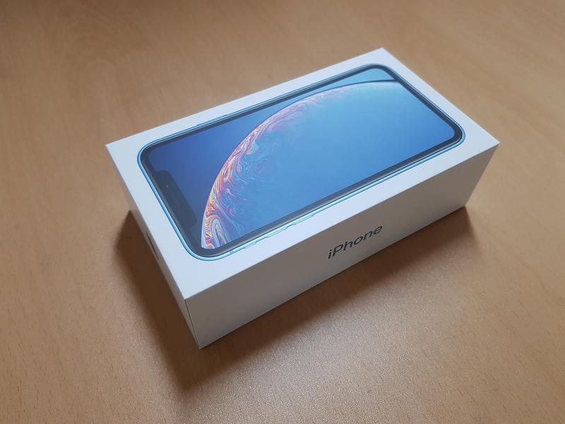 아이폰 XR 블루 개봉기 (자급제)