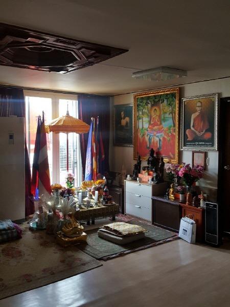 벚꽃 바람과 염불소리 07 경기도 군포시 캄보디아 불교 문화 - 캄보디아인 절 군포 캄보디아 불교센터