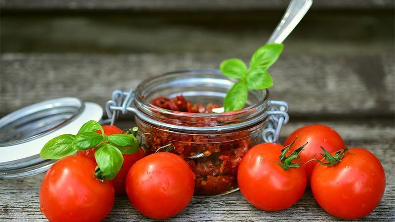 사진: 캐첩과 스파게티 등 맛있는 음식이 된 이 열매에는 토마토효과라는 것이 있었다
