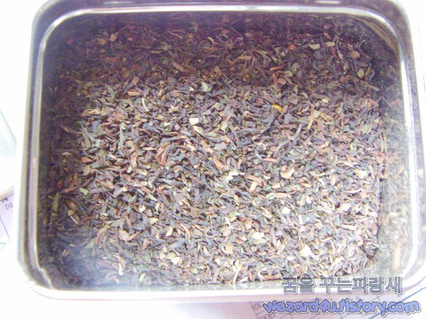 트와이닝 다즐링 티(Twinings Pure Darjeeling Tea) 내용물