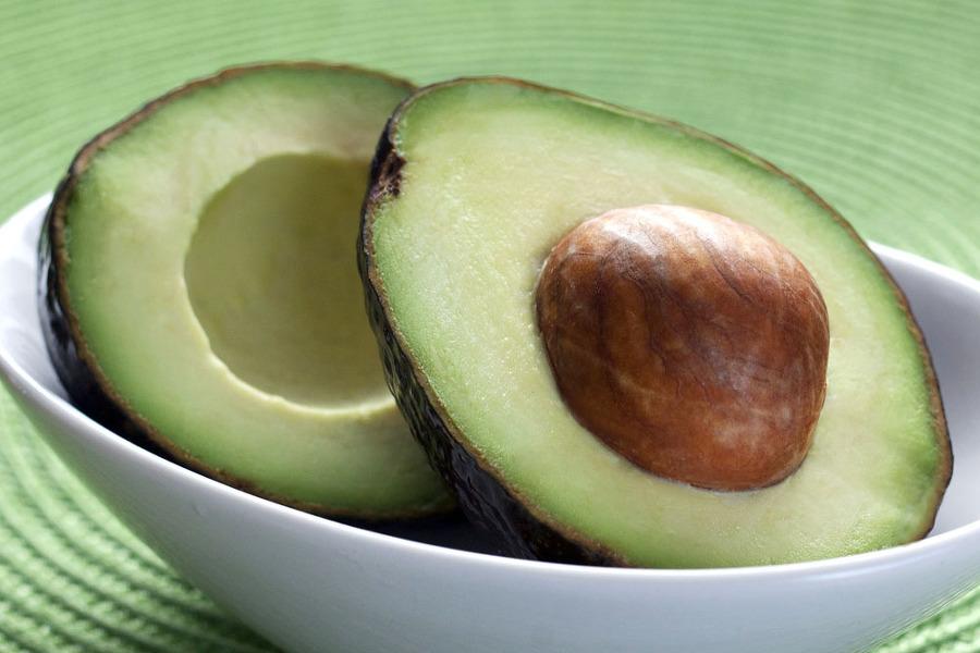 아보카도 효능 변비예방 다이어트 효과