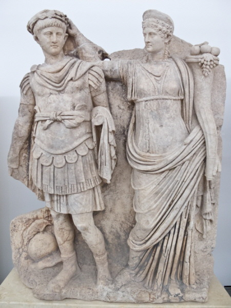 Nero and Agrippina sculture