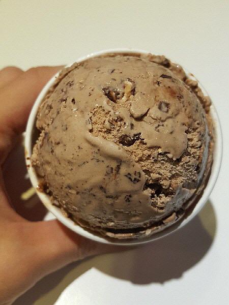 베스킨라빈스31 아이스크림 - 초코 아몬드 봉봉