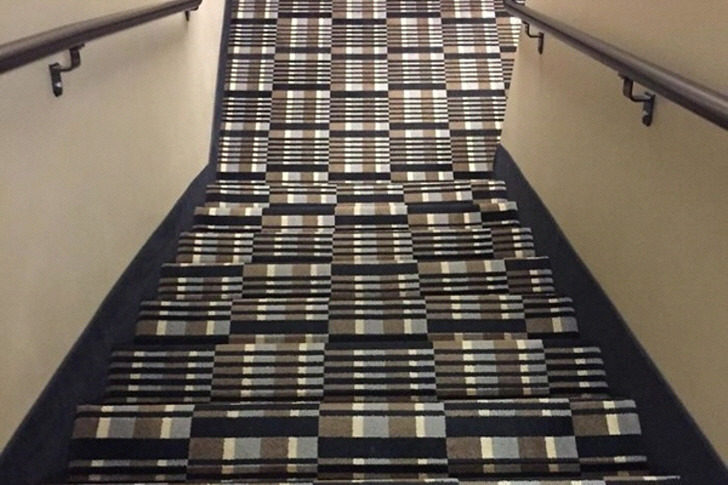 보면 볼수록 황당한 계단 디자인