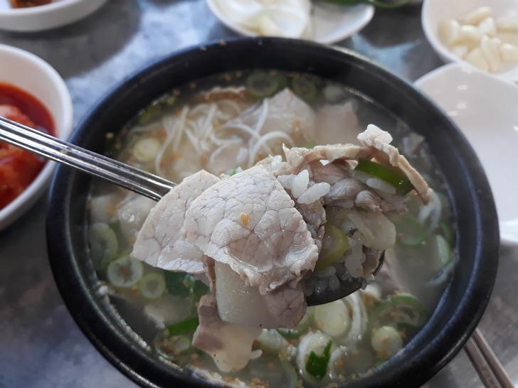 [밀양맛집]동부식육식당 - 3대를 이어온 원조 중의 원조 밀양식 돼지국밥 맛집