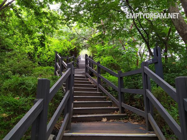 천장산 산책로 둘레길 돌뫼 어린이공원 전망대 코스