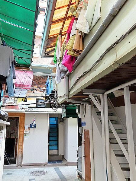 서울 종로구 돈의동 종로3가역 새뜰마을 쪽방촌