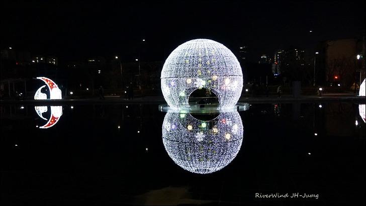 부산시민공원 예쁜 빛 모형