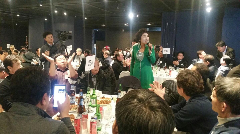 지난 7일 전문MC유주경이(사진왼쪽) 세종문화회관에서 MC를 하고있다. / 사진제공=이메이드