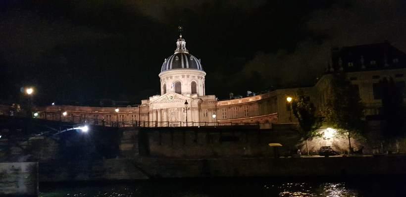 바토 파리지앵 프랑스 학사원