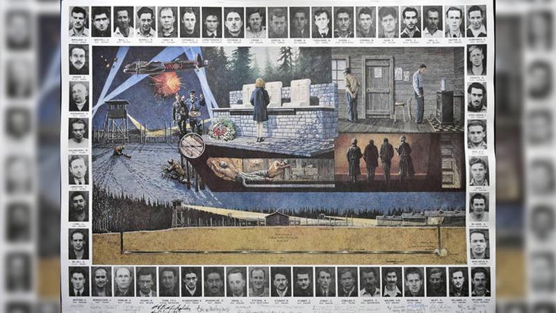 사진: 당시 포로들을 애도하는 작품. 가운데는 그림이고, 외부는 포로들의 사진이다.