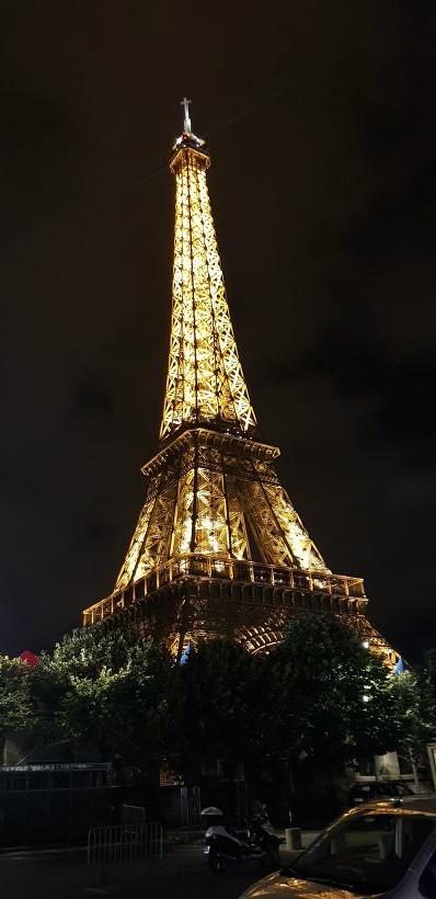 바토 파리지앵  에펠탑
