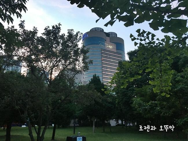서울올림픽 파크텔~예쁜 공원이 바로 옆에1