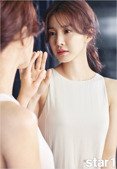 배우 이시영. (사진=앳스타일 제공)