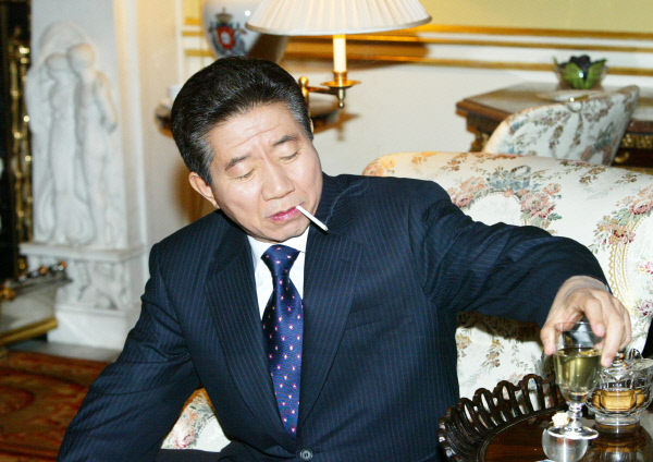 2004년12월 3일  ⓒ 장철영