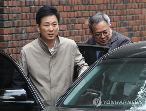 박근혜 전 대통령 법률대리인인 유영하(왼쪽), 정장현 변호사 [연합뉴스 자료사진]