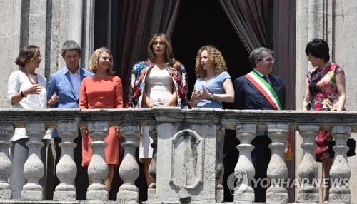 지난 5월 G7 정상회의가 열린 이탈리아를 방문한 멜라니아 여사. [EPA=연합뉴스 자료사진]