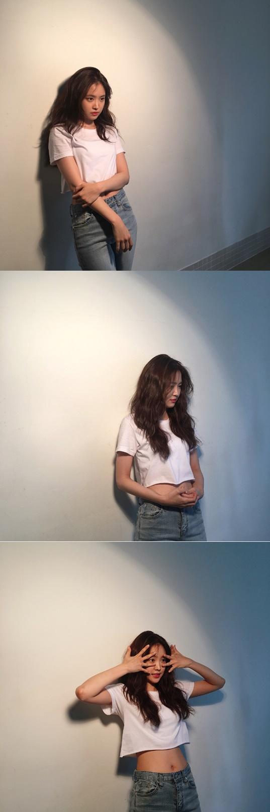 [★SNS]손나은, 흰티+청바지 남심 저격하는 분위기 여신
