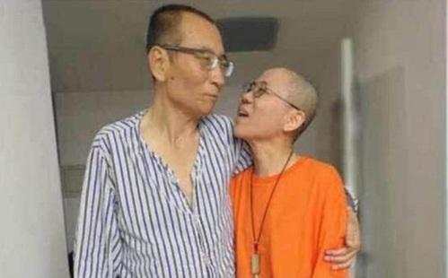 지난달 13일 간암으로 타계한 중국 노벨평화상 수상자 류샤오보와 부인 류샤