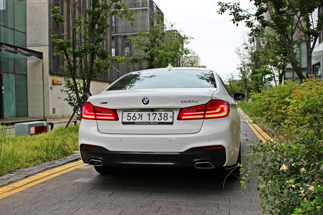 안팎이 새롭게 바뀐 BMW 520d는 지난 2월 국내에 처음 출시됐다