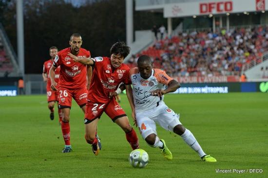 프랑스 리그앙 디종 소속의 권창훈이 27일 몽펠리에와 경기에 선발 출전해 56분간 그라운드를 누비면서 팀 승리에 힘을 보탰다. (사진=디종 트위터 캡처)