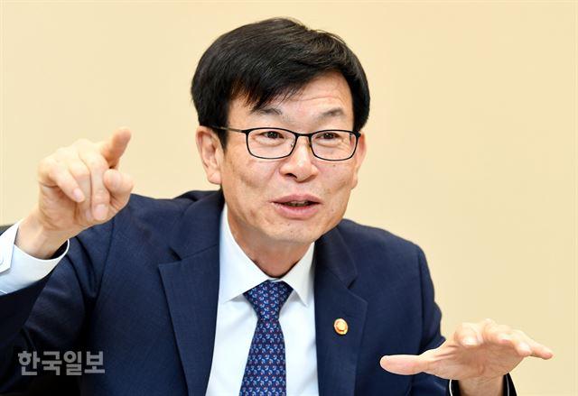 김상조 공정거래위원장 인터뷰. 홍인기 기자