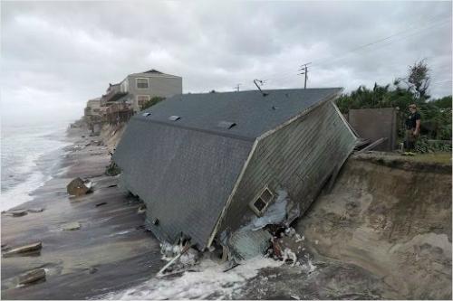 미 플로리다 주 세인트존스 카운티 소방구조대가 쵤영해 페이스 북에 올린 허리케인 어마 피해 사진 (사진=페이스북 캡처)