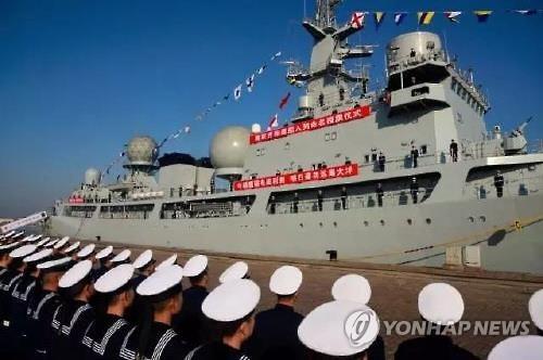 (서울=연합뉴스) 중국의 신형 전자정찰선 카이양싱(開陽星·미자르별)호. 한국과 일본의 군사정보 수집이 가능한 이 신형 전자정찰선은 지난 10일 칭다오(靑島)항에 사령부를 두고 있는 중국 해군 북해함대의 작전지원단에 인도됐다. 2017.1.13 [중국 관찰자망 웹사이트 캡처=연합뉴스]      photo@yna.co.kr