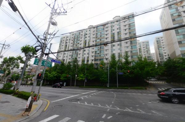 서울 서초구 방배역 인근 방배대우효령아파트. /네이버 거리뷰 캡처