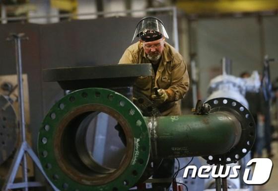 미국의 한 파이프 공장 © AFP=뉴스1
