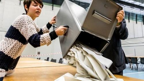 스위스 국민투표 개표 [출처:스위스 연방정부 홈페이지=연합뉴스]