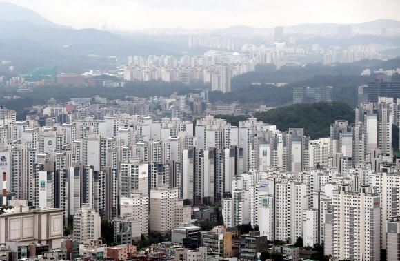 서울 강남구 일대 대형 아파트 단지의 모습. 연합뉴스
