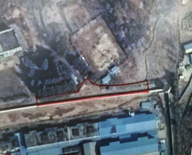 5ㆍ18기념재단이 5ㆍ18 당시 희생자들이 암매장된 곳으로 추정하고 있는 옛 광주교도소 북측 담장 지역(붉은색 선 안쪽).