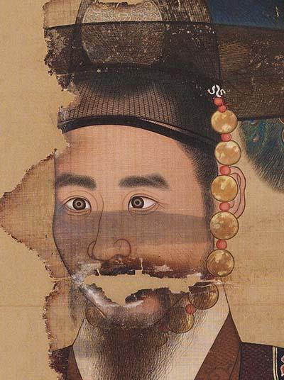 철종 어진(일부). 조선 어진 중 유일한 군복본이다. 국립고궁박물관 소장.
