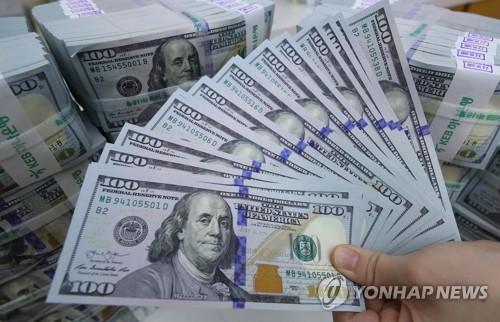 달러화 [연합뉴스 자료 사진] 사진 내용은 기사와 상관 없음.